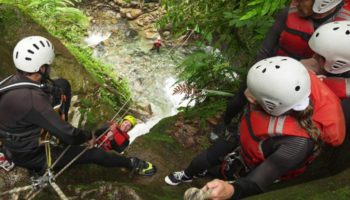cover-activity-aquarando-et-canyoning-3