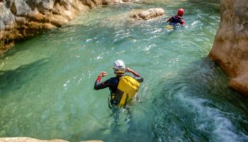 cover-activity-aquarando-et-canyoning-5